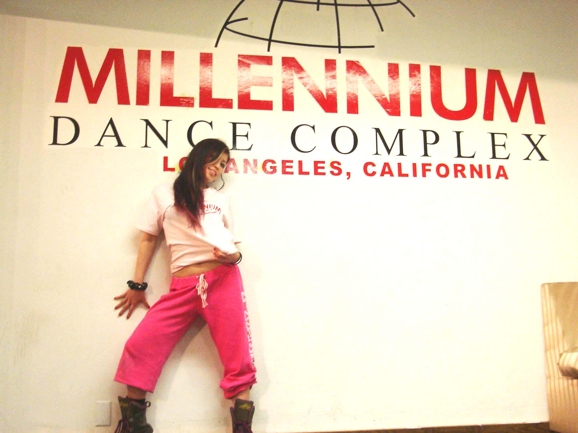 ロサンゼルス ダンサー maki